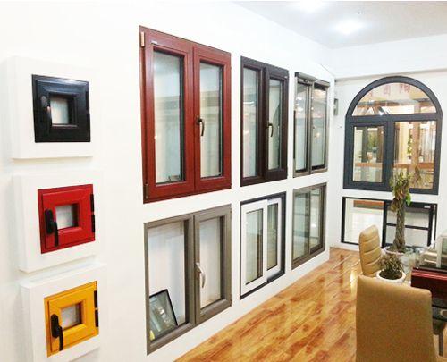 安装彩铝门窗